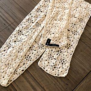 GAP hand knit scarf